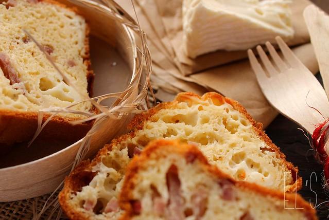 Cake au camembert et au jambon