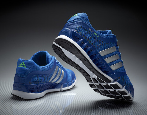 the running enthusiast david beckham adidas climacool_1_revolution_M__03
