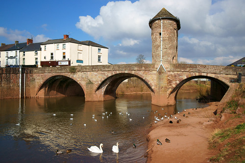 The old bridge at Monmouth (River Monnow) by Minoltakid