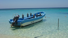 Dive Boat, West Bay Beach, Roatan, Honduras