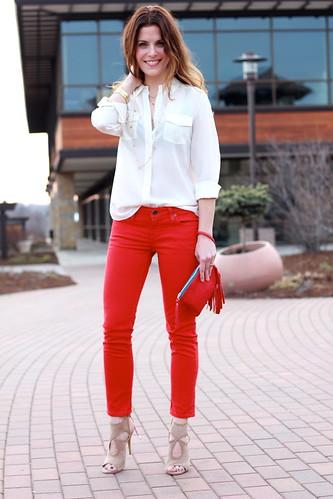 Rote hose elegant kombinieren