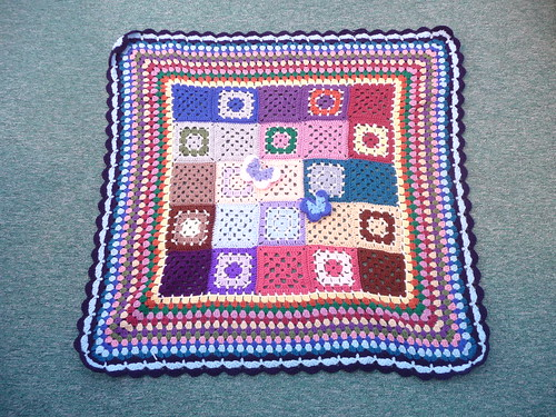What a great thing to do with Granny Squares!