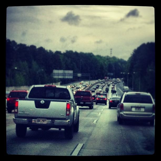 В Атланте, практически, всегда очень плотное движение и даже пробки. Даже на платных дорогах.