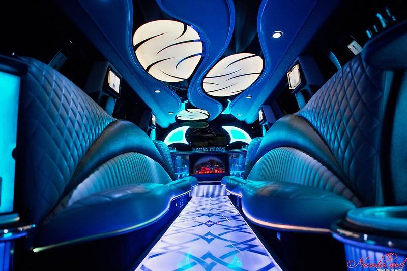 Лимузины для любого события в Кишинев от 40-70 евро в час > Фото из галереи `Инфинити QX56`