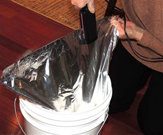 Flour in buckets with Mylar and Oxygen Absorber_2
