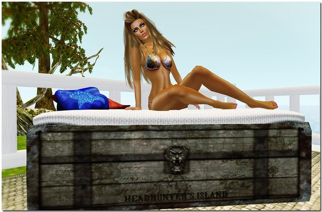 Headhunter's Island Old Chest Seat @ Sand & Sea Expo 2013