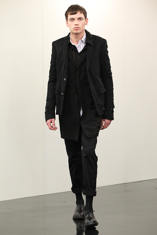 FW13 Tokyo COMME des GARCONS HOMME026_Hubi @ ACTIVA(Fashionsnap)