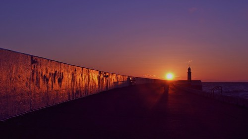 sea lighthouse sunrise pier isleofman ramsey breakwater