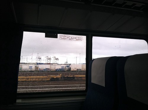 Port of Oakland cranes from Amtrak