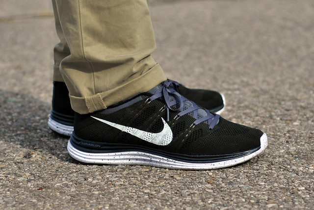 official photos 16f18 f0ed8 coupon for nike flyknit lunar 1 jual 1a0b6 5d295