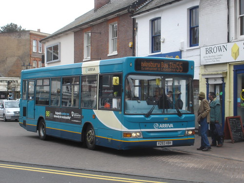 Arriva Route 55 at Chesham Broadway