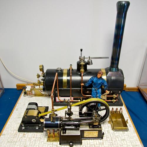 Machine à vapeur mono-cylindre