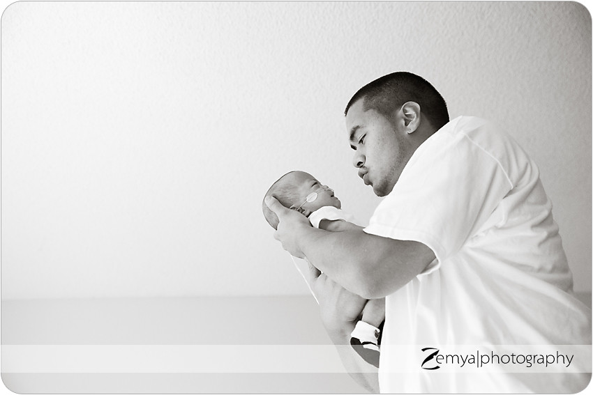 b-A-2013-04-20-12: Zemya Photography: Child & Family photographer