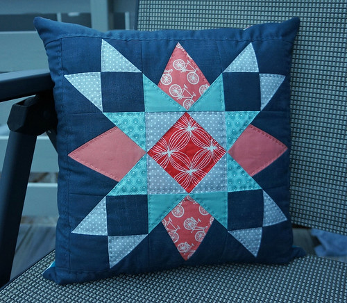 ModernSheMade-cushion-complete