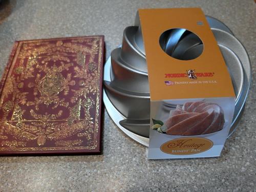Heritage Bundt Swirl Pan by NordicWare and Journal
