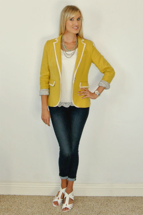 Outfit: yellow blazer + lace + jeans