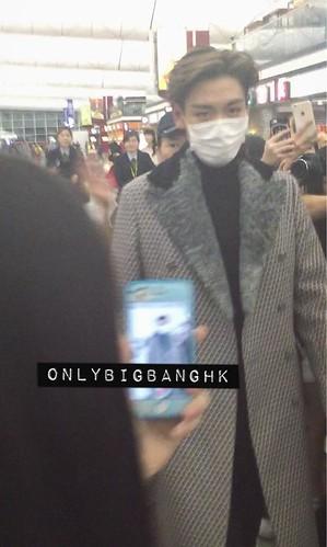 TOP - Hong Kong Airport - 15mar2015 - Only BIGBANG HK - OBBHK - 02