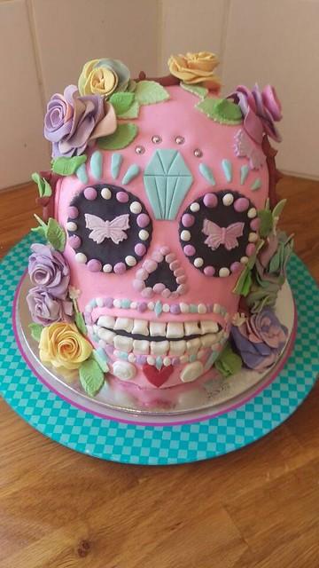 Sugar Skull Cake by Chloe Terzic
