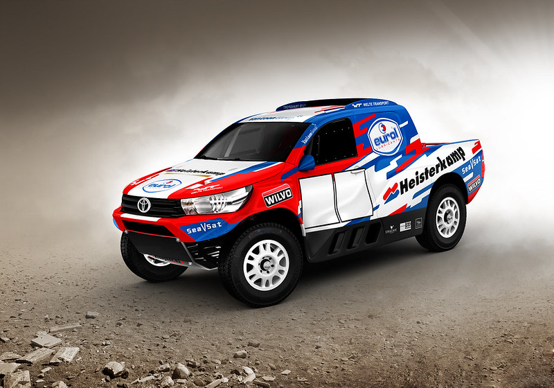Toyota-Hilux-Overdrive-2