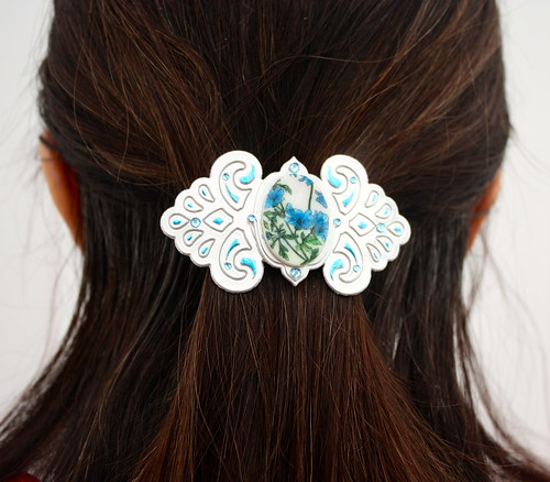 Faux Porcelain Barrette blue in hair