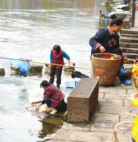 Hunan13-Fenghuang-Habitants (7)