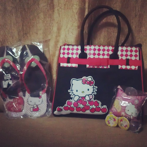 SM Kids Fashion Hello Kitty