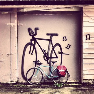 Day 14 #30daysofbiking graffiti bike