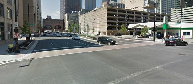 5+3 lanes crosswalk over Congress Parkway
