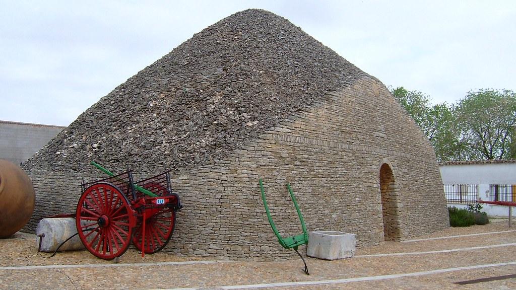 Bombo y museo del carro, Tomelloso.