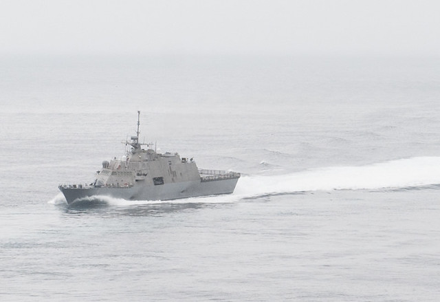SAN DIEGO – Crew 101, normally embarked aboard littoral combat ship USS Freedom (LCS 1), successfully completed crew certification aboard their sister ship, USS Fort Worth (LCS 3).