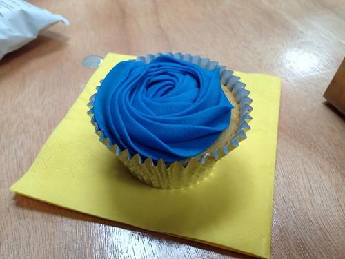 White October cupcake