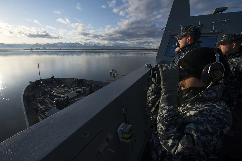 Click here to see more photos of USS Anchorage