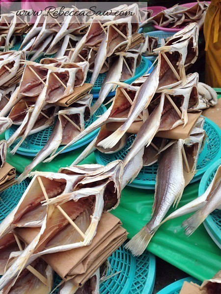 jagalchi market busan - rebecca saw