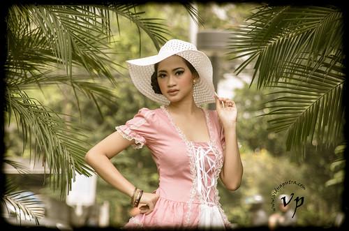 Nabila Vintage3