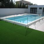 Barandilla de cristal para piscina.