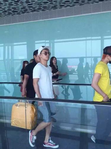 BIGBANG lArrival Shenzhen from Seoul 2015-08-07 041