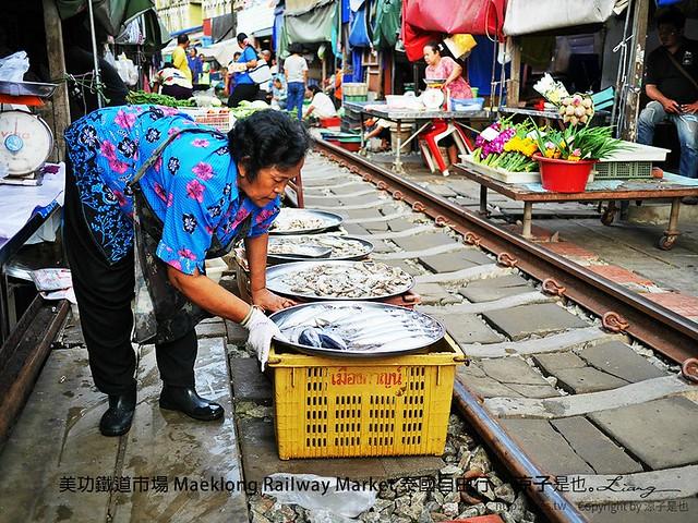美功鐵道市場 Maeklong Railway Market 泰國自由行 20