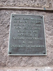 Photo of James Clerk Maxwell black plaque