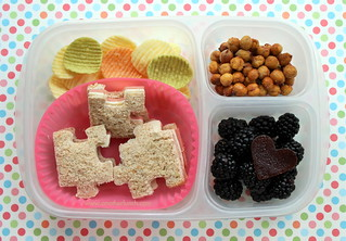 Easylunchboxes bento lunch with puzzle piece sandwiches for Autism Month