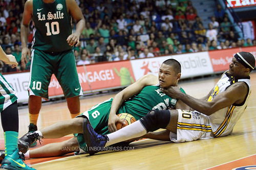 2013 FilOil Flying V Preseason: DLSU Green Archers vs. UST Growling Tigers, April 13