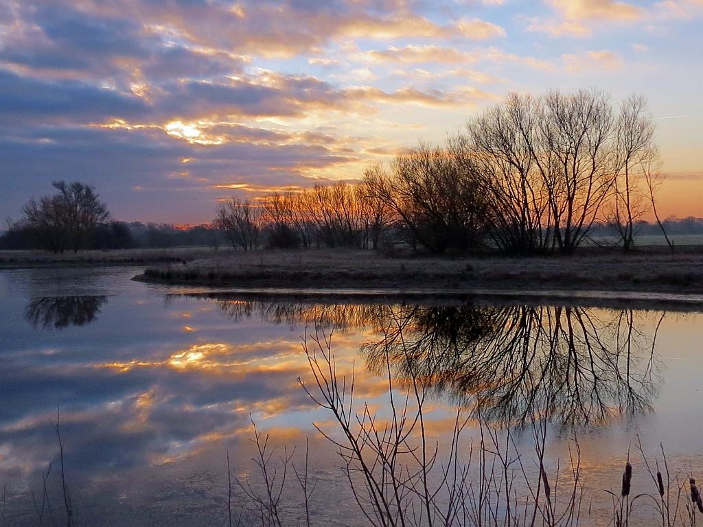 Saint Neots Pe19 Uk Sunrise Sunset Times