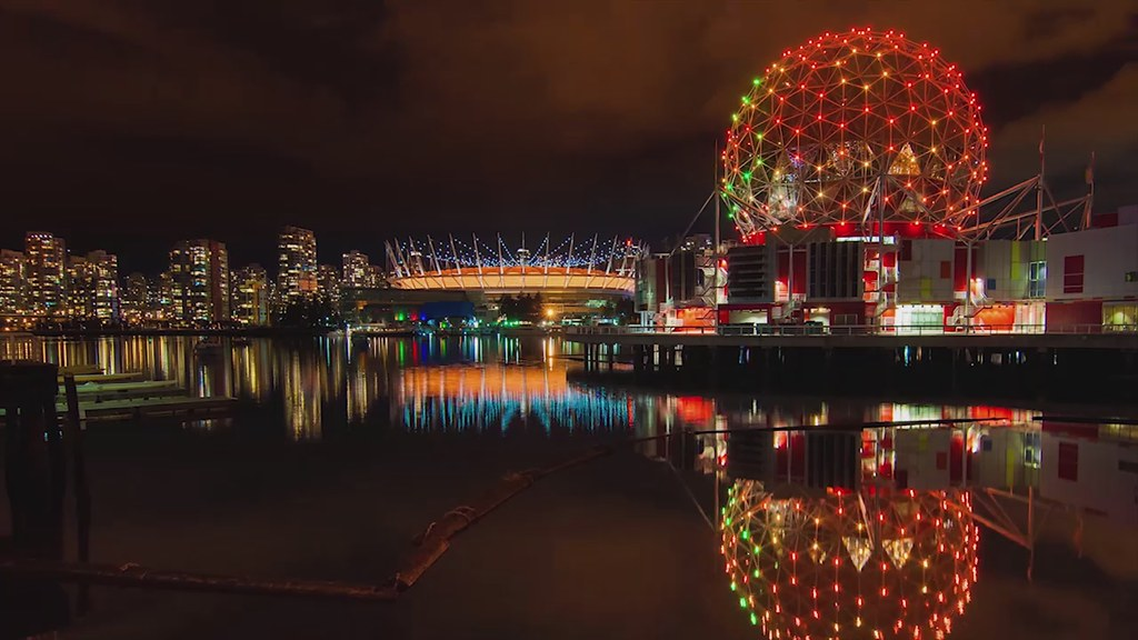 Downtown at night, Vancouver: Timelapse Video
