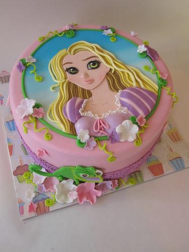 Disney prinses taarten op pinterest prinses gebak disney taarten en