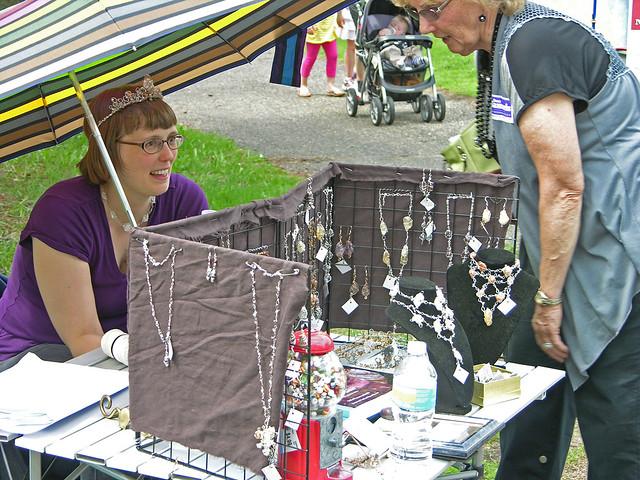 2013 Linden Hills Festival jewelry display