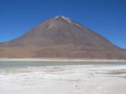 Le Sud Lipez: la Laguna Verde et le volcan Licancabur (à la frontière avec le Chili)
