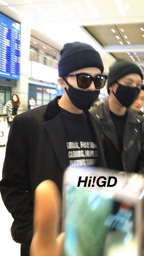 Big Bang - Incheon Airport - 10apr2015 - G-Dragon - Hi GD - 01