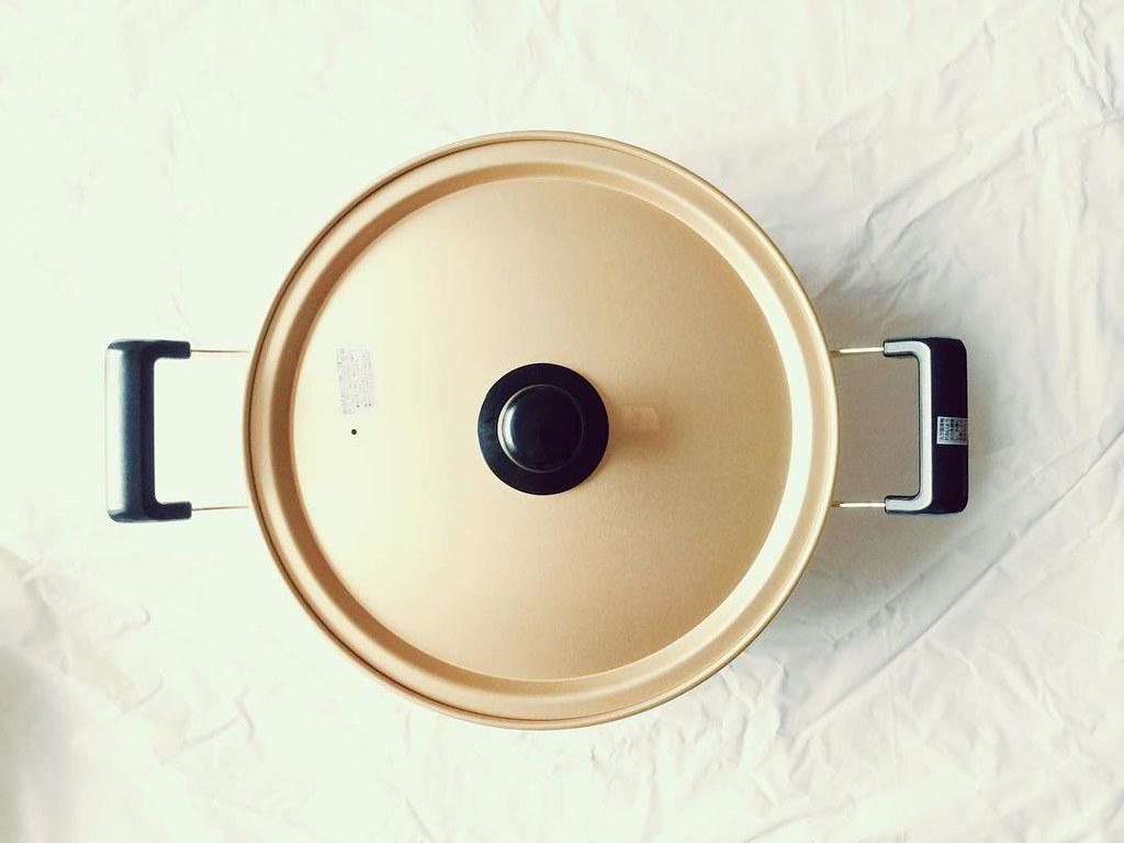 アルマイト加工のアルミ浅型鍋