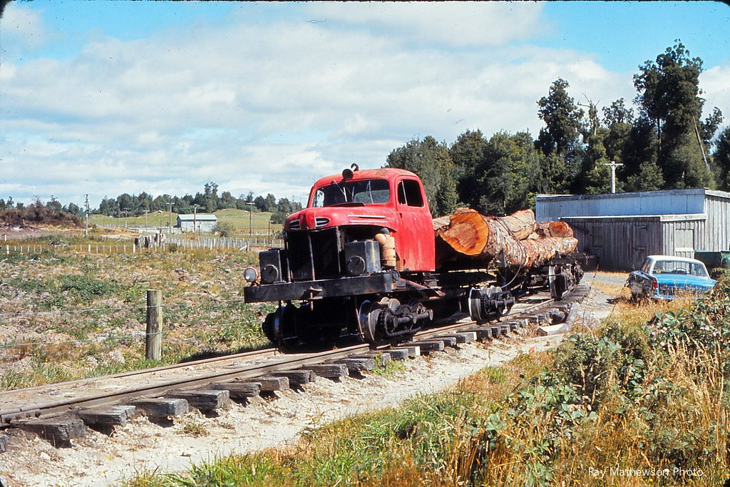 Mamaku  Approaching the NZR crossing Feb 1972 from Ray Mathewson