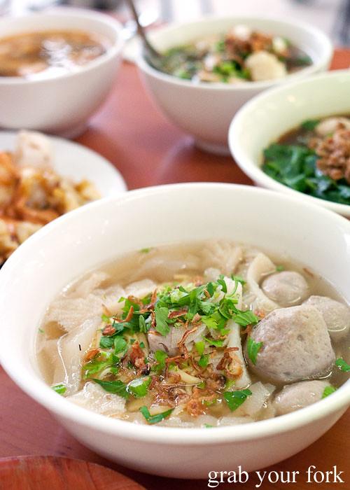 mie kocok campur at at mie kocok bandung indonesian noodle restaurant maroubra
