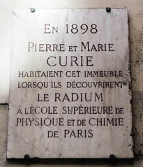 Photo of Marie Curie grey plaque